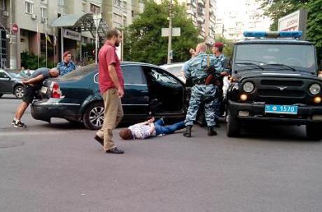 В центре Киева случилась погоня со стрельбой (фото) Media_1373479042